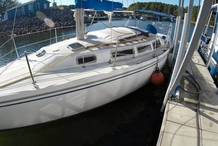 Catalina 30 for sale in United States of America for $18,500 (£14,695)