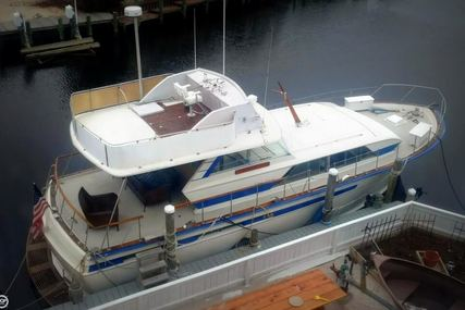 Chris-Craft 470 Commander for sale in United States of America for $99,000 (£72,885)