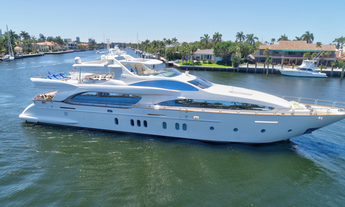 Image of Azimut Yachts 2007 for sale in United States of America for $4,150,000 (£3,127,072) Fort Lauderdale, Florida, United States of America
