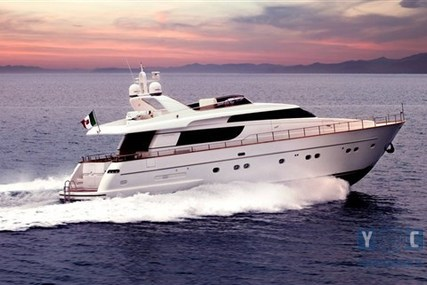 Sanlorenzo 72 for sale in Italy for €600,000 (£529,666)