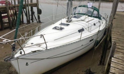 Image of Beneteau Oceanis 331 Clipper Lifting Keel for sale in United Kingdom for £38,250 CHATHAM, United Kingdom
