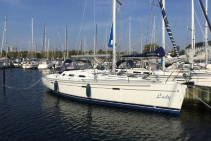 Beneteau Oceanis 393 for sale in Denmark for €74,900 (£66,120)