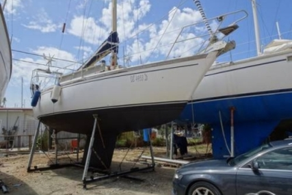 Dufour Yachts 35 for sale in Greece for €25,000 (£22,008)