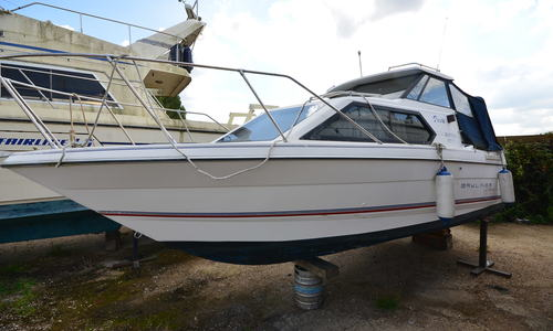 Image of Bayliner Classic 2452 for sale in United Kingdom for £8,500 Boats.co., United Kingdom