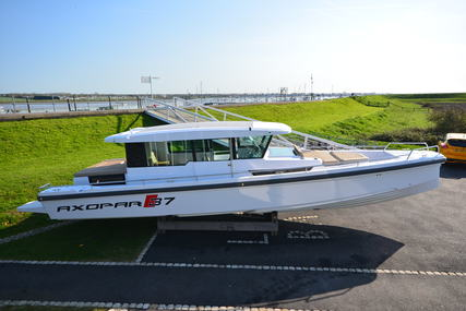 Axopar 37 AC for sale in United Kingdom for €231,720 (£204,551)