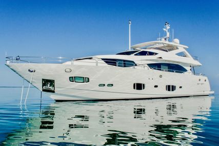Sunseeker 98 Yacht for sale in United States of America for $5,250,000 (£3,992,547)