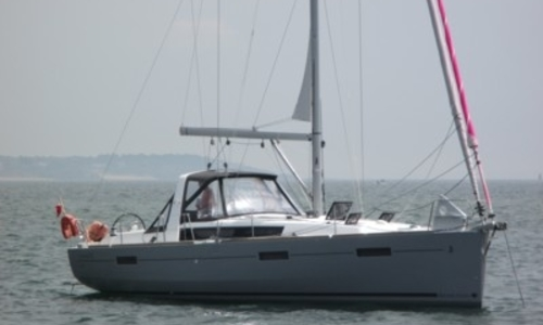Image of Beneteau Oceanis 41 for sale in France for €170,000 (£145,420) PORNICHET, France
