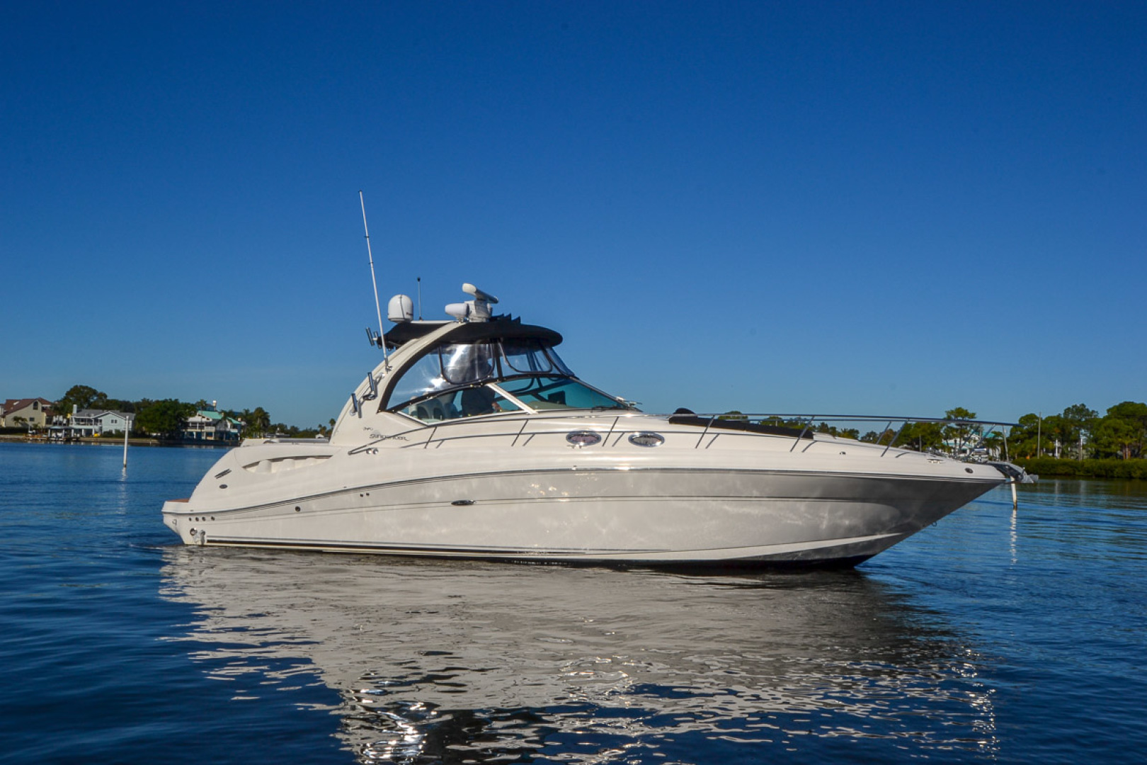 Sea Ray 340 Sundancer Sportsman For Sale In United States Of America