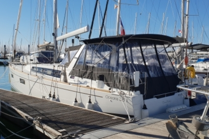 Beneteau Oceanis 38.1 for sale in France for €159,000 (£139,554)