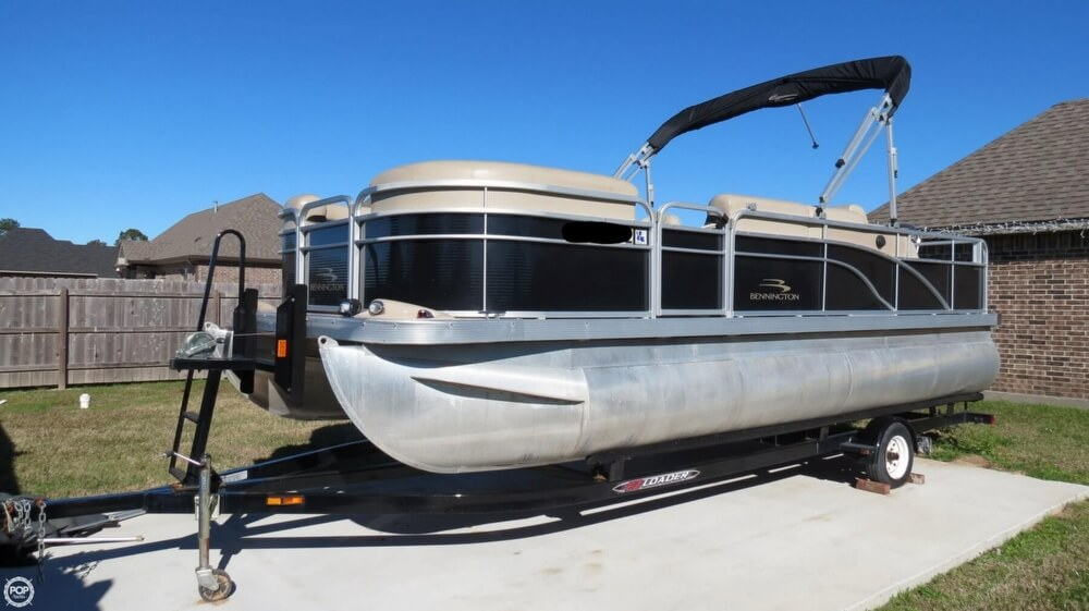 Bennington 22ssl For Sale In United States Of America For
