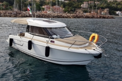 Jeanneau Merry Fisher 755 for sale in France for €44,000 (£38,202)
