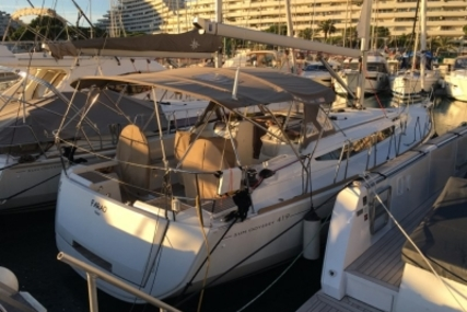 Jeanneau Sun Odyssey 419 for sale in France for €172,000 (£149,969)