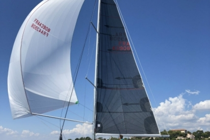 Jeanneau Sun Fast 3200 for sale in France for €118,800 (£104,064)