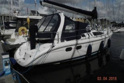 Hunter 380 LEGEND for sale in United Kingdom for £57,500