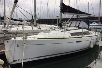 Beneteau Oceanis 31 for sale in France for €64,900 (£56,628)