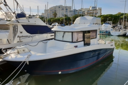 Beneteau Barracuda 9 for sale in France for €59,000 (£51,480)