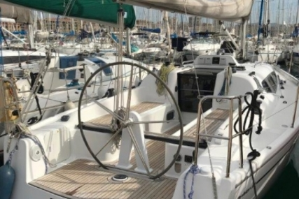 Dehler 32 for sale in France for €99,900 (£88,353)