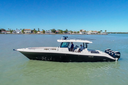 Hydra-Sports 4200 Siesta for sale in United States of America for $699,950 (£542,761)