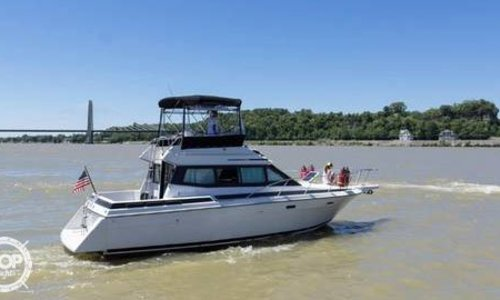 Image of Chris-Craft Amerosport Sedan 320 for sale in United States of America for $17,950 (£14,626) Prospect, Kentucky, United States of America