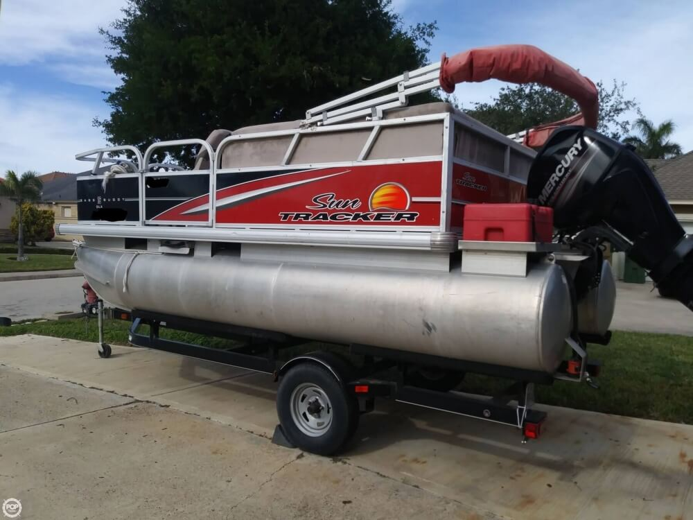 Sun Tracker Pontoon Boats >> Sun Tracker Bass Buggy 16 Dlx For Sale In United States Of