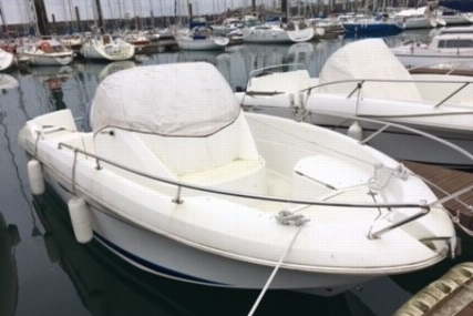 Beneteau Flyer 650 Open for sale in France for €19,900 (£17,540)