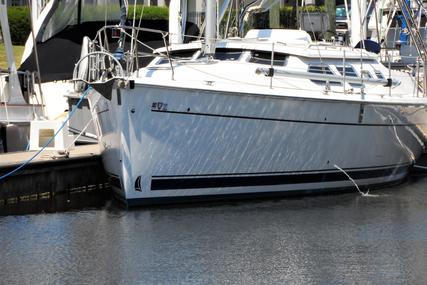 Hunter 41 Deck Salon for sale in United States of America for $164,900 (£131,894)