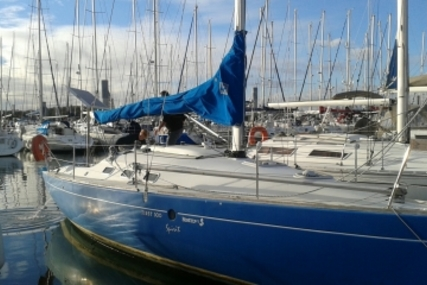 Beneteau First 300 Spirit for sale in France for €28,000 (£24,649)