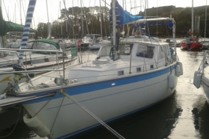 Wauquiez ANTIGUA 34 for sale in France for €38,500 (£34,630)