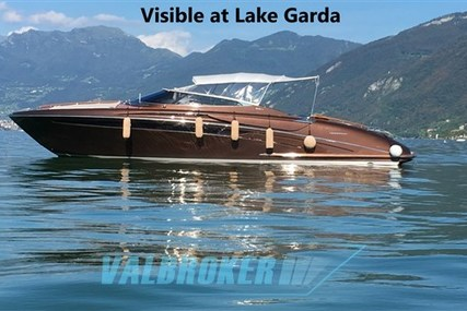 Riva rama 44 for sale in Italy for €350,000 (£306,660)