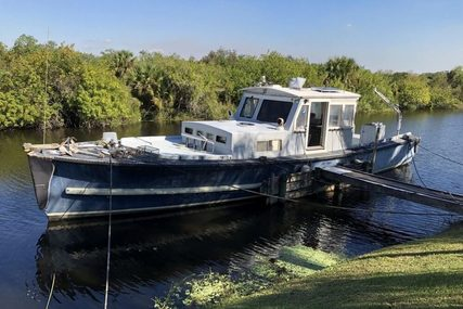 Uniflite Navy 50 Utility Boat for sale in United States of America for $24,900 (£18,825)