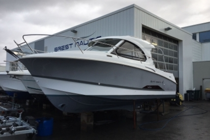 Beneteau Antares 8 for sale in France for €59,900 (£52,878)