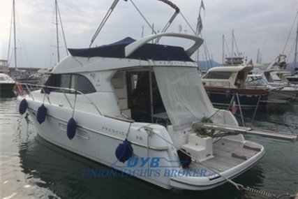 Prestige 36 for sale in Italy for €120,000 (£104,705)