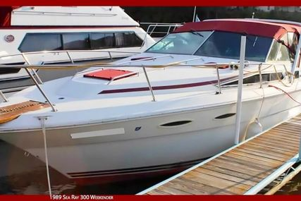 Sea Ray 300 Weekender for sale in United States of America for $17,000 (£13,182)
