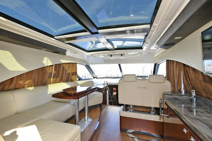 Sea Ray 510 Sundancer for sale in United States of America for $699,000 (£537,494)