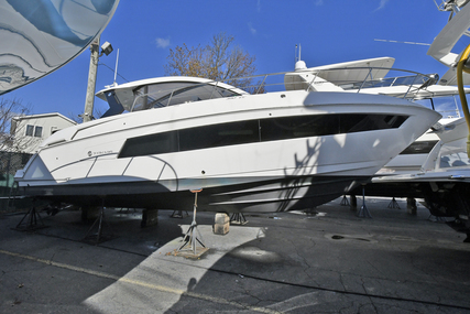 Cruisers Yachts 390 Express for sale in United States of America for 349,000 $ (268,552 £)