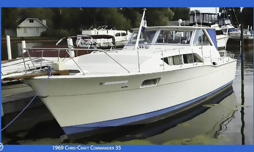 Image of Chris-Craft Commander 35 for sale in United States of America for $17,500 (£13,481) Au Gres, Michigan, United States of America