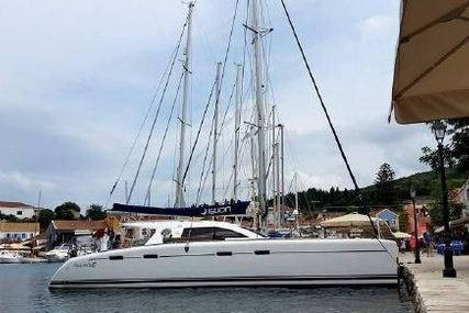 Nautitech 47 for sale in Greece for €350,000 (£319,611)