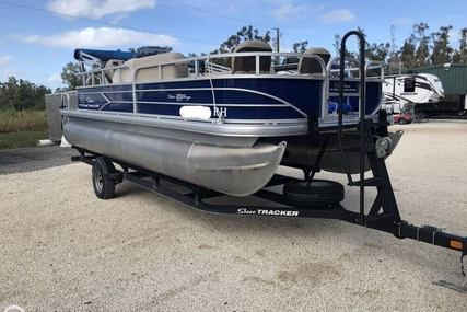 Sun Tracker Fishin' Barge 20 DLX for sale in United States of America for $22,450 (£17,297)