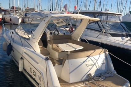 Jeanneau Leader 8 for sale in France for €69,000 (£59,039)