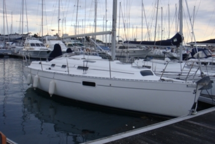 Beneteau Oceanis 321 for sale in France for €37,500 (£33,056)