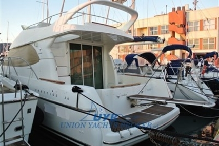 Prestige 36 for sale in Italy for €90,000 (£78,529)