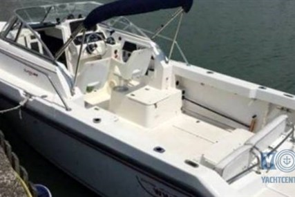 Boston Whaler 235 Conquest for sale in Italy for €33,500 (£28,656)