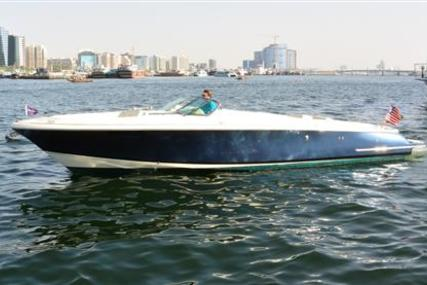 Chris-Craft Launch 32 for sale in United Arab Emirates for $163,000 (£128,925)
