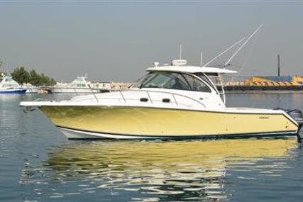 Pursuit 385 OS for sale in United Arab Emirates for $325,500 (£248,950)