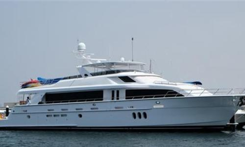 Image of Hatteras 105 for sale in United Arab Emirates for $5,441,000 (£4,117,603) Dubai, United Arab Emirates