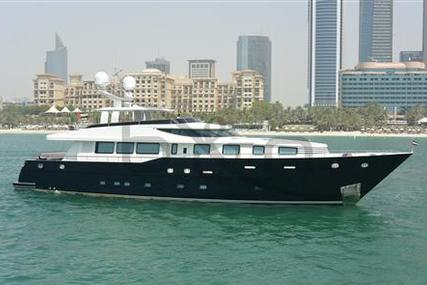 Dubois Architects 'G' 32m for sale in United Arab Emirates for $6,247,000 (£4,727,562)