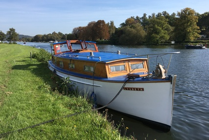 Walton Marine Traditional Thames Cruiser for sale in United Kingdom for £32,500