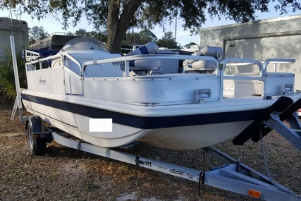 Hurricane FUN DECK 196 for sale in United States of America for $16,250 (£12,378)