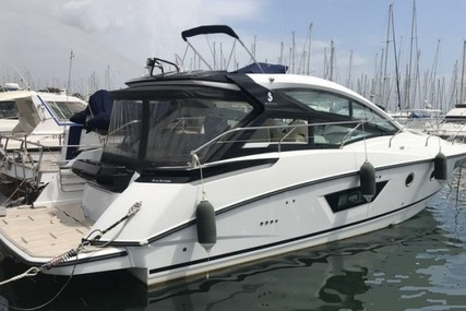 Beneteau Gran Turismo GT 40 for sale in France for €297,000 (£262,296)