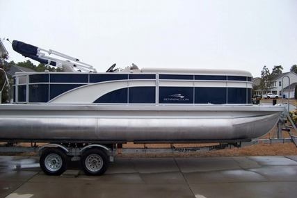 Bennington SX 22 for sale in United States of America for $38,000 (£28,876)